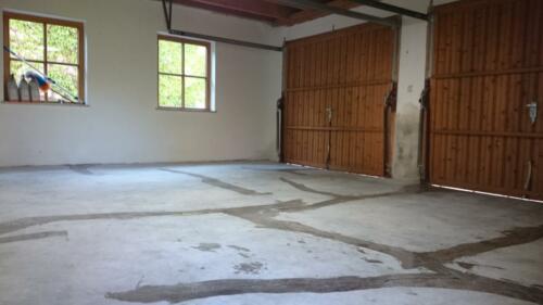 Garagenboden Risse mit Gießharz schließen
