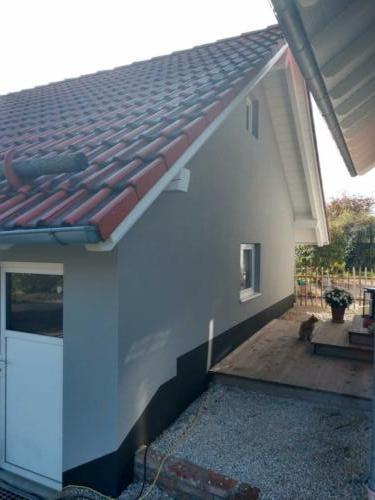 Fassadenanstrich und Dachuntersichten